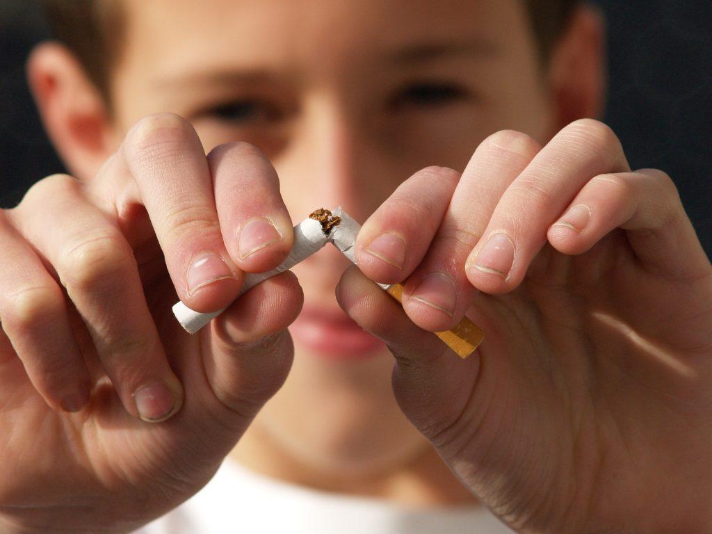 Dejar de fumar, propósito 1 para el 2020